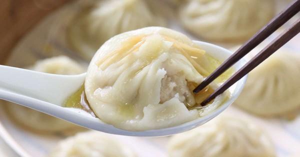 """Cách ăn Tiểu Long Bao chuẩn, """"sang"""", thanh lịch"""