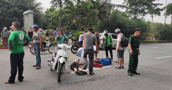 Hà Nội: Hai người đàn ông điều khiển xe máy tông vào nữ sinh đi bộ khiến 3 người bị thương