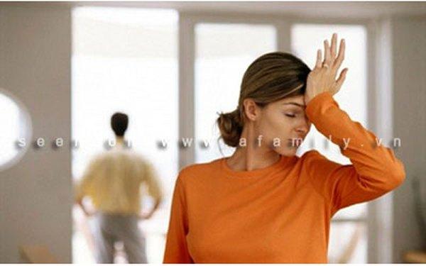Có nên chia tay với người vợ phản bội và coi thường chồng?