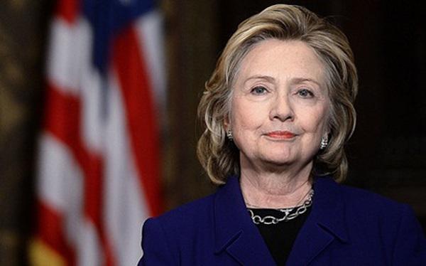 Hillary clinton boob pop out #13