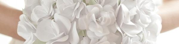 Tận dụng giấy bìa làm lọ hoa hồng đẹp lạ 8