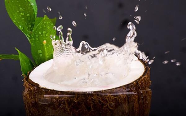Những tác dụng không thể làm ngơ của nước dừa với sức khỏe