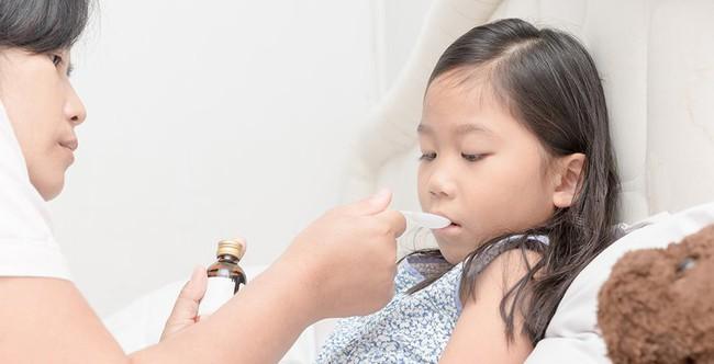 Nhi khoa Hoa Kỳ giải đáp 10 câu hỏi phổ biến về việc dùng kháng sinh cho trẻ - Ảnh 4.