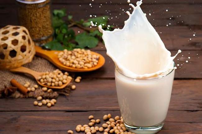 Để có cơ bắp khoẻ mạnh, hãy bổ sung 7 loại thực phẩm này trong bữa ăn nhẹ - Ảnh 2.