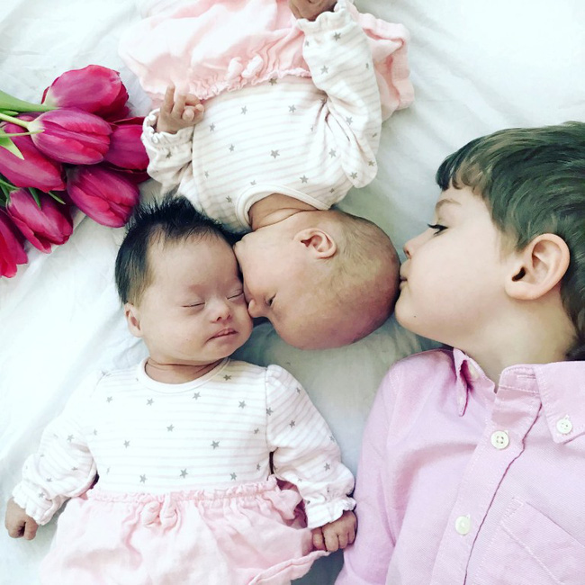 Vừa trao con cho bà mẹ mới sinh, bác sĩ đã phải cúi đầu xin lỗi vì một sai sót nghiêm trọng trong quá trình siêu âm - Ảnh 3.