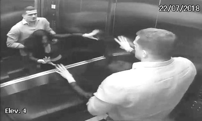 """Nữ luật sư bị chồng ném chết từ tầng 4, hình ảnh cuối cùng của nạn nhân vật lộn với """"tử thần"""" trong thang máy khiến ai cũng rùng mình kinh hãi - Ảnh 4."""