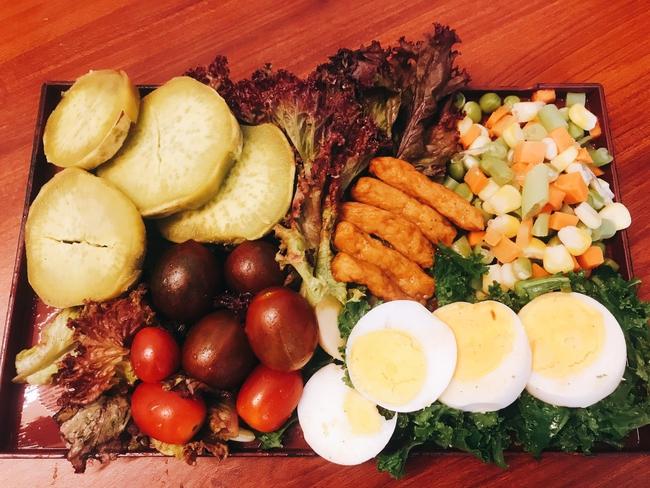 Hội chị em giảm cân không thể bỏ qua loạt thực đơn khoai lang ăn cả tuần không chán do 9X mặt đẹp dáng xinh chia sẻ - Ảnh 2.