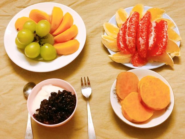 Hội chị em giảm cân không thể bỏ qua loạt thực đơn khoai lang ăn cả tuần không chán do 9X mặt đẹp dáng xinh chia sẻ - Ảnh 3.