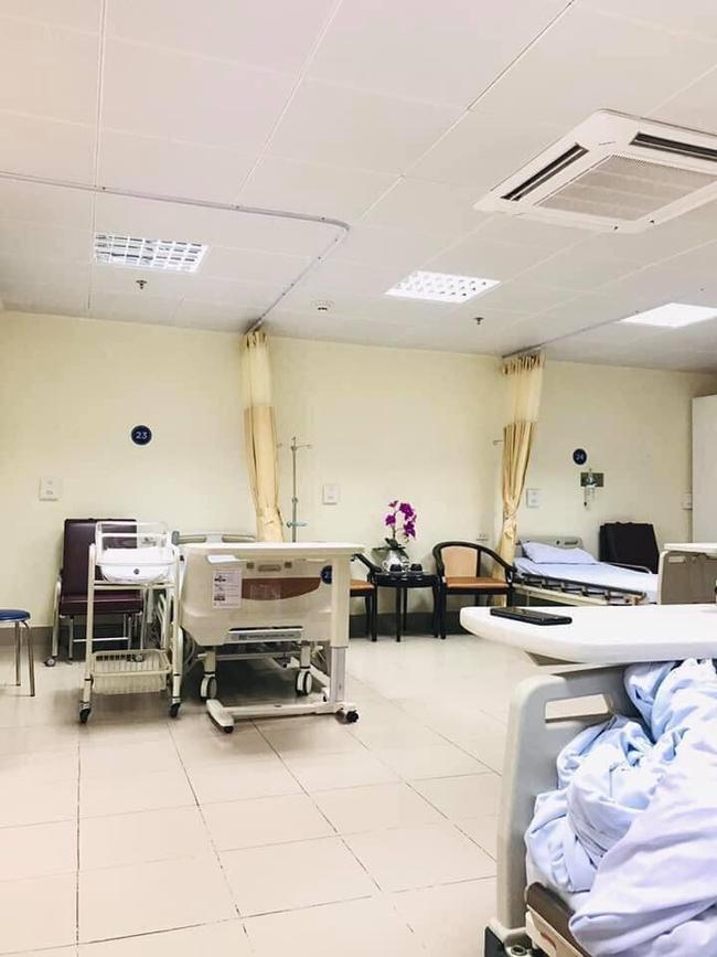 """Không chọn viện tư, hot mom Văn Thùy Dương quyết định sinh con ở bệnh viện bình dân này với chi phí cực """"mềm"""" - Ảnh 5."""