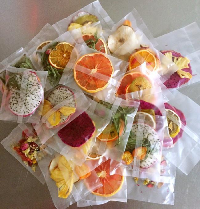 Detox cơ thể bằng hoa quả sấy khô: Cẩn thận với những loại hàng không rõ nguồn gốc - Ảnh 1.
