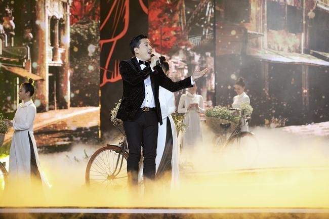 Khán giả tò mò Lam Trường - Đan Trường đã nói gì với nhau trong khoảnh khắc song ca lịch sử trên sân khấu HHVN, câu trả lời của anh Hai gây ngã ngửa - Ảnh 8.