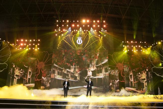 Khán giả tò mò Lam Trường - Đan Trường đã nói gì với nhau trong khoảnh khắc song ca lịch sử trên sân khấu HHVN, câu trả lời của anh Hai gây ngã ngửa - Ảnh 14.