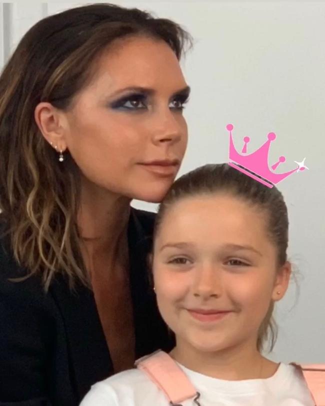 Nhìn loạt khoảnh khắc này từ cô út nhà David Beckham, ai nghĩ được đây lại là vóc dáng của một bé gái mới lên 9 - Ảnh 10.