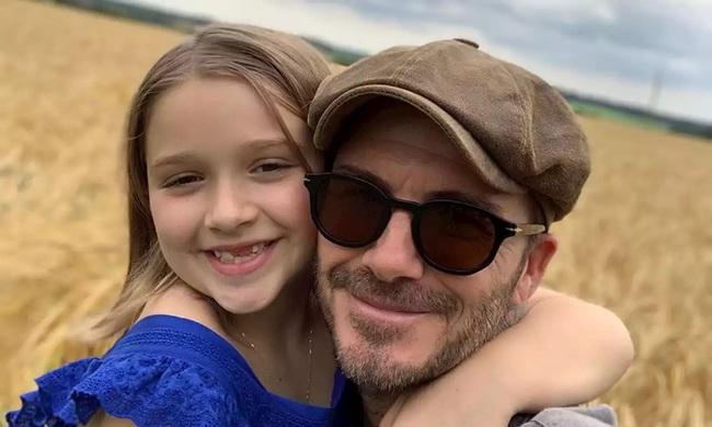 Nhìn loạt khoảnh khắc này từ cô út nhà David Beckham, ai nghĩ được đây lại là vóc dáng của một bé gái mới lên 9 - Ảnh 8.