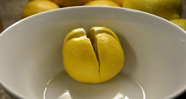 Bổ tư quả chanh đặt ở giường khi ngủ, bạn sẽ nhận được vô vàn lợi ích, vào ngày mưa lạnh lẽo lại càng nên thử - Ảnh 2.
