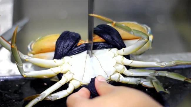 Mẹo khử mùi tanh của hải sản chỉ bằng các nguyên liệu đơn giản - Ảnh 5.