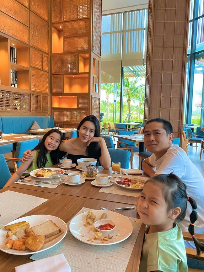 Gia đình Hương Giang tận hưởng kỳ nghỉ thư giãn ở Phú Quốc.
