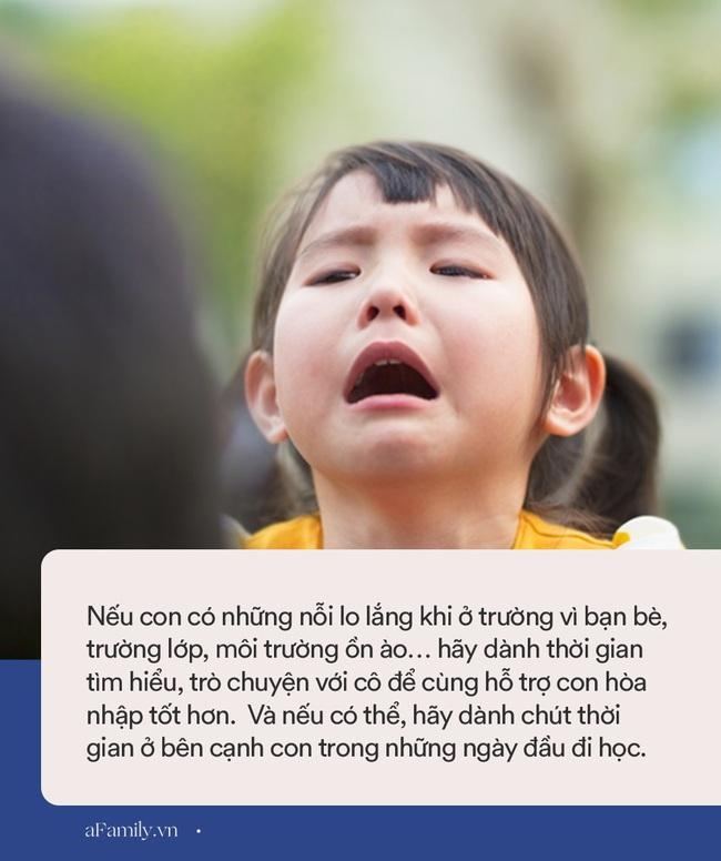 Trẻ nhỏ thường có những nỗi sợ hãi như thế này, bố mẹ phải thật tinh tế và khéo léo mới có thể giúp con vượt qua - Ảnh 3.
