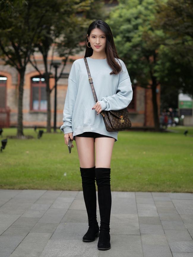 Street style Châu Á: Hội chị em lên đồ chuẩn gái Pháp, toàn blazer và cardigan nhưng nhìn sang hết nấc - Ảnh 7.
