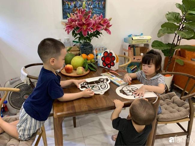 """Mẹ trẻ trổ tài trang trí mâm cỗ Trung thu hình thú nhưng con nào cũng như """"đột biến gen"""", phản ứng của bọn trẻ trông mới tội - Ảnh 5."""