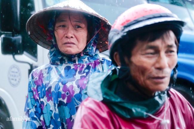 Ảnh: Tắc nghẽn nghiêm trọng trên tuyến giao thông tại Quảng Bình - Ảnh 6.