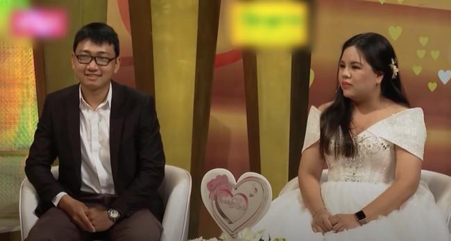 """""""Vợ chồng son"""": Nam khách mời lên truyền hình kể vợ sửa mũi, sửa cằm, bao nhiêu cái xấu nằm trên mặt vợ hết - Ảnh 6."""
