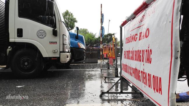 Ảnh: Tắc nghẽn nghiêm trọng trên tuyến giao thông tại Quảng Bình - Ảnh 5.