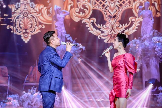 Tuấn Hưng bất ngờ tái xuất sau khi tuyên bố giải nghệ, đứng chung sân khấu cùng Quang Hà, Lệ Quyên  - Ảnh 5.