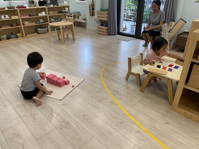 Dành cho phụ huynh đang muốn tìm trường mầm non Montessori thuần túy cho con tại TP. HCM: 4 trường thuần Montessori sang - xịn - mịn, học phí từ 6 triệu trở lên - Ảnh 5.