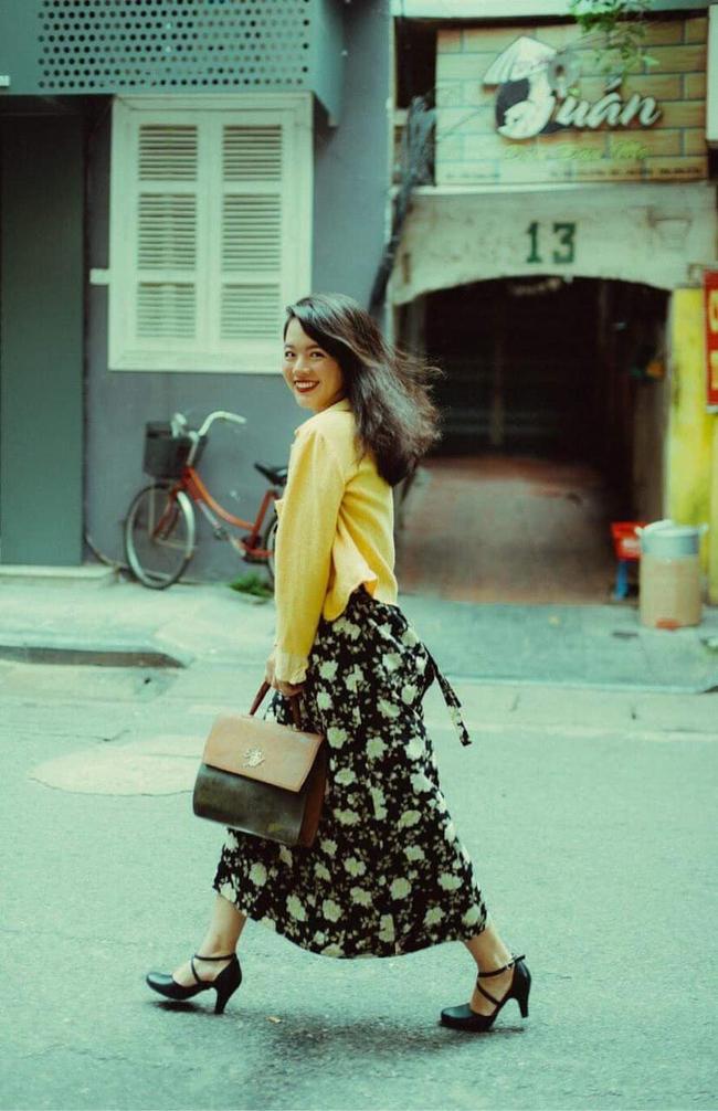 """2 ái nữ nhà nghệ sĩ Chiều Xuân """"đọ"""" nhan sắc ngày càng quyến rũ xinh đẹp, thần thái không thua kém mỹ nhân Hong Kong thập niên 90 - Ảnh 9."""
