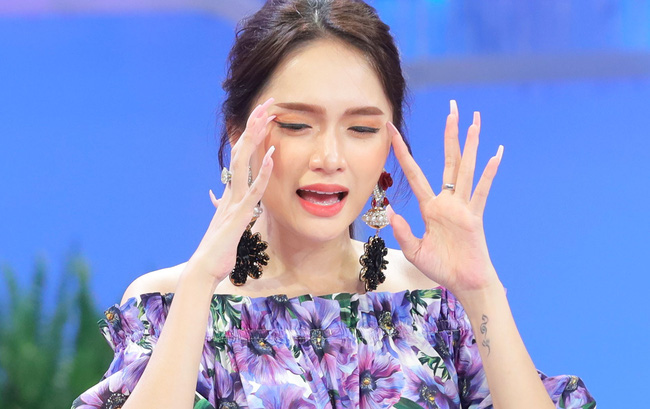 """Hương Giang gây tranh cãi vì loạt phát ngôn mâu thuẫn, bị gọi là """"Hoa hậu đạo lý"""" - Ảnh 2."""