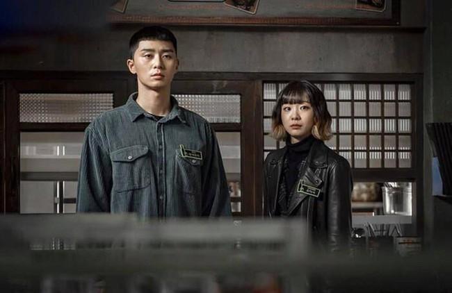 Hyun Bin - Son Ye Jin sáng giá nhất cho mùa giải cuối năm, một cặp đôi ẵm chắc giải vì được nhà đài chống lưng? - Ảnh 6.