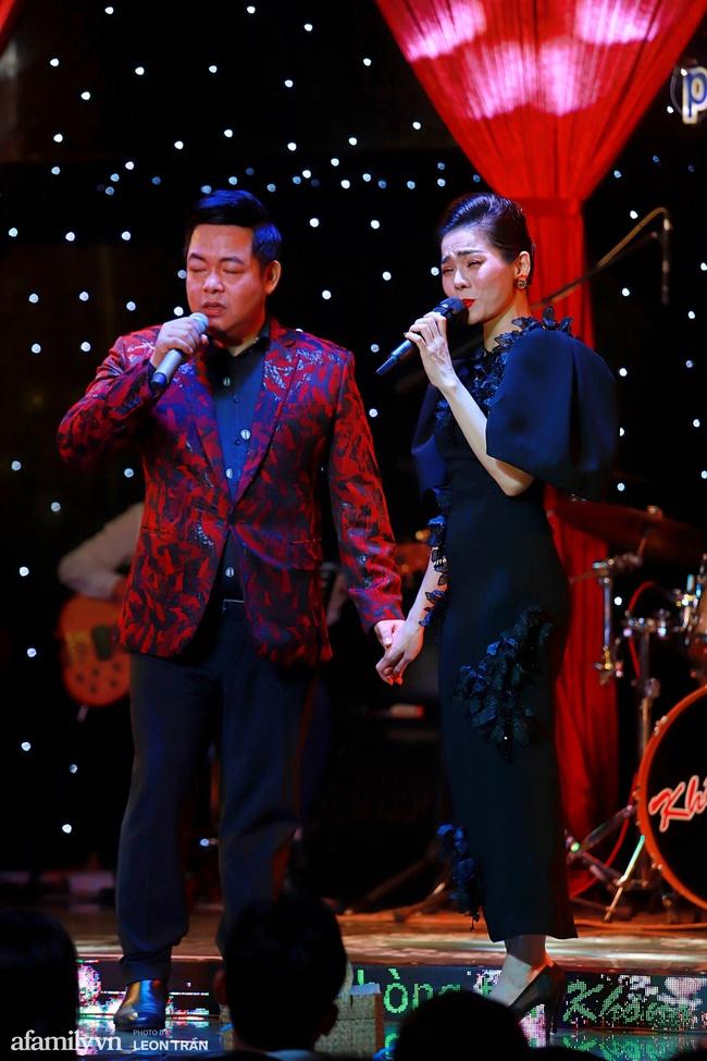 Chồng sắp cưới Vân Hugo mạnh tay chi 80 triệu mua vật phẩm từ thiện của Lệ Quyên và Quang Lê - Ảnh 10.