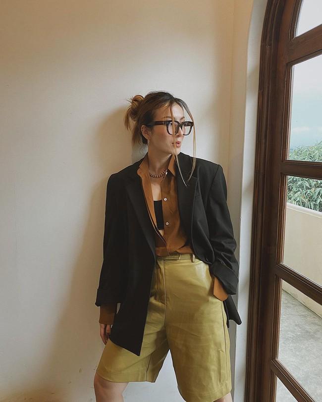 """Ngắm style đi Đà Lạt của mỹ nhân Vbiz là ra được 12 set đồ cực """"tây"""", đủ để giúp phong cách Thu/Đông của bạn lên đời - Ảnh 7."""