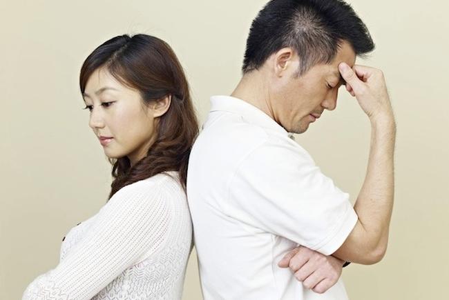"""Đọc trộm tin nhắn trong điện thoại chồng, vợ bàng hoàng phát hiện anh ta nung nấu ý định """"đứt sớm"""", lời của """"cô bạn thân"""" đáng giận vô cùng - Ảnh 3."""