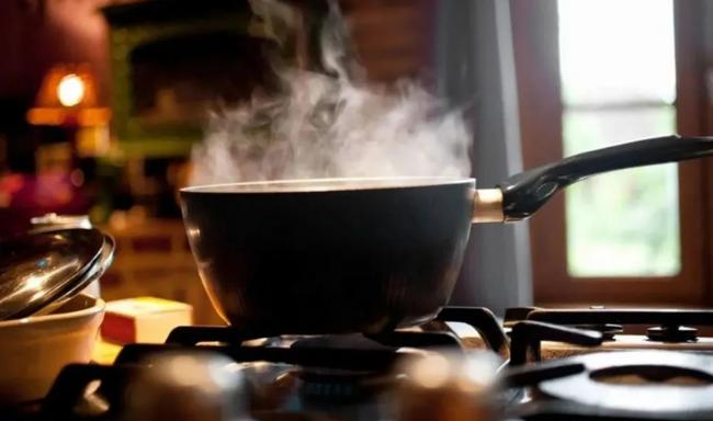 """Nếu người Việt cứ duy trì 3 kiểu nấu ăn này thì chẳng khác nào tự """"nuôi lớn"""" ung thư mà không biết - Ảnh 2."""