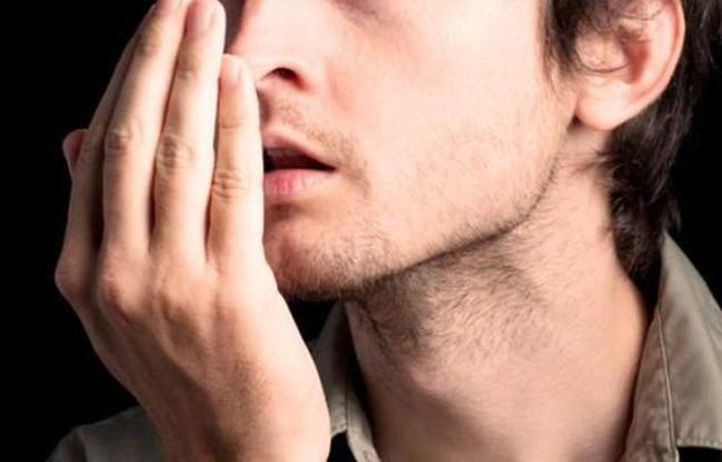 """Đàn ông sau 45 tuổi nếu có """"1 to, 2 nhỏ, 2 mùi"""" cảnh báo sức khỏe đang bị suy yếu - Ảnh 3."""