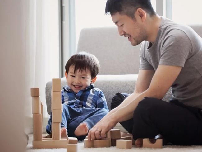 Bỏ điện thoại xuống và dành thời gian chơi với con những trò này mỗi ngày, sẽ không ai làm tốt hơn bố mẹ! - Ảnh 5.