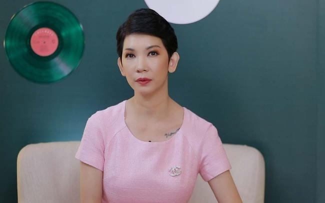 """Giữa ồn ào chỉ trích giả tạo """"làm màu"""", Hoa hậu Khánh Vân rơi nước mắt giãi bày lý do phải che mặt các em bé bị xâm hại tình dục khi làm thiện nguyện - Ảnh 4."""