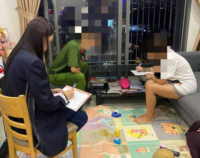 Đúng như tuyên bố, Hương Giang cùng công an tới đối chất với thành viên trong group anti-fan - Ảnh 3.