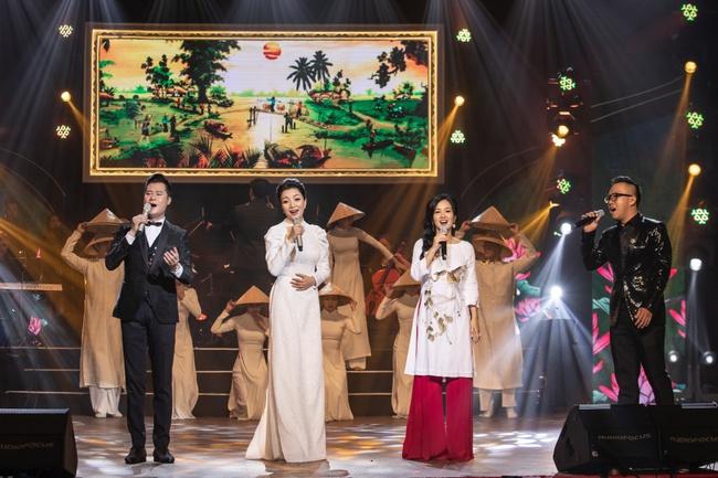 Quang Dũng ngọt ngào song ca cùng Hồng Nhung trong đêm nhạc quyên góp cho đồng bào miền Trung - Ảnh 3.