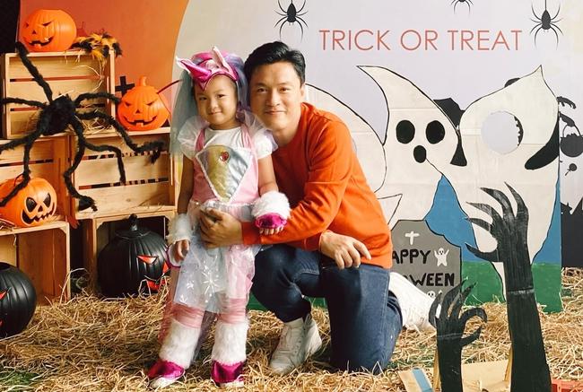 """Lam Trường viết: """"Halloween của con gái năm nay Bì sẽ hoá thân Rainbow dash""""."""