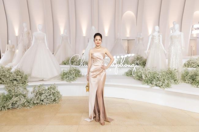 """Con gái Minh Nhựa tình tứ bên chồng, Linh Chi diện váy xẻ cao """"chặt đẹp"""" các cặp đôi khác  - Ảnh 21."""