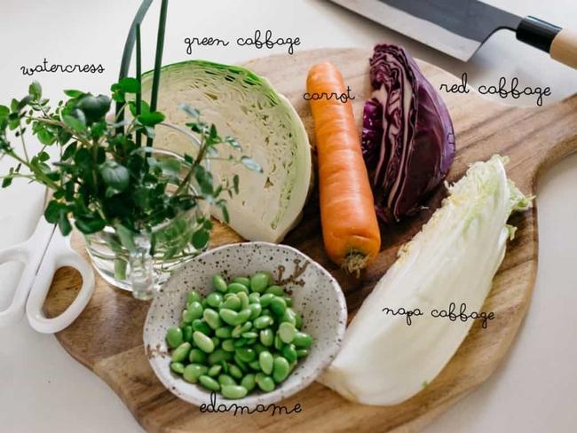 """Muốn có """"vòng eo con kiến"""" bạn nhất định phải cho món salad này vào thực đơn ăn kiêng của mình - Ảnh 1."""