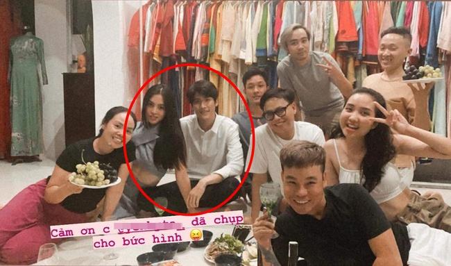"""Hoa hậu Tiểu Vy đang hẹn hò với """"người tình của Mỹ Tâm""""? - Ảnh 2."""