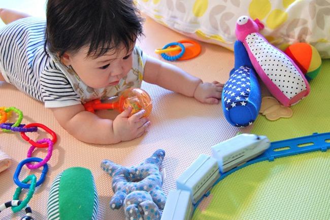 Nếu nhận thấy con mình có những tật xấu này, đừng vội sửa đổi vì đó có thể là dấu hiệu của một đứa trẻ thông minh - Ảnh 3.
