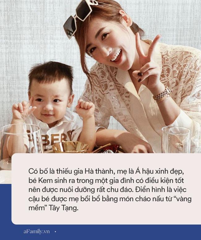 """Cậu ấm cô chiêu nhà sao Việt ăn gì: Bé ăn cháo với """"vàng mềm"""" Tây Tạng, bé thưởng thức thịt bò được nghe nhạc giao hưởng - Ảnh 5."""