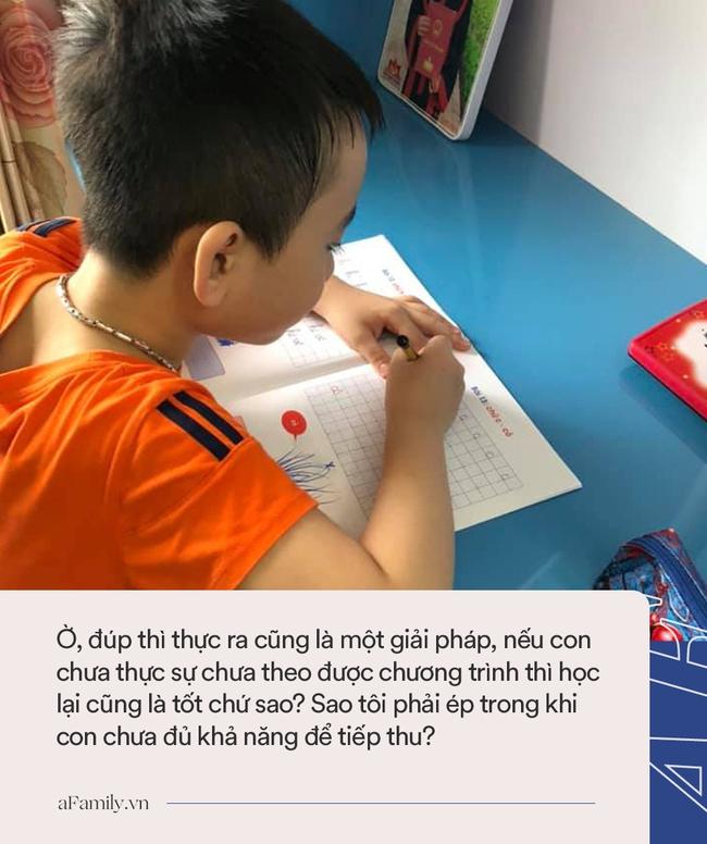 Nỗi khổ của người mẹ không cho con học chữ trước khi vào lớp 1: Quá mệt mỏi, tôi đã nghĩ tới việc để con đúp lại - Ảnh 3.