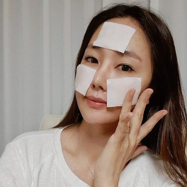 """4 sản phẩm skincare khiến da khô như ngói, dùng vào mùa Đông thì chẳng khác nào """"bức tử"""" nhan sắc - Ảnh 3."""