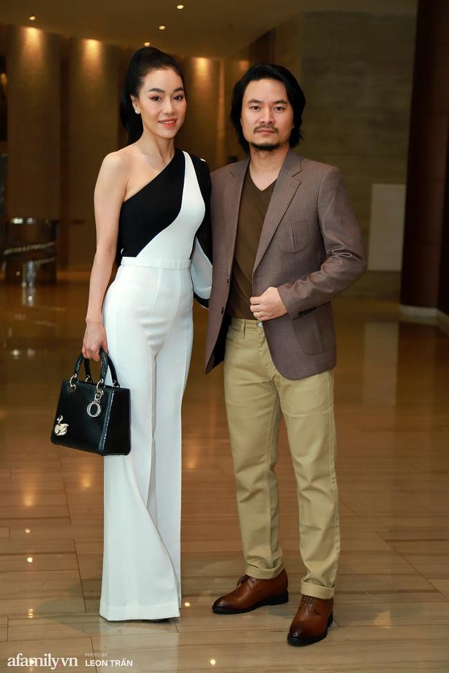 Dàn hậu váy áo lộng lẫy, khoe sắc trong họp báo Chung kết toàn quốc Hoa Hậu Việt Nam 2020 - Ảnh 7.